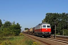 """232 005 noch ohne """"Kriegsbemalung"""" mit dem Ostbahnknicker... (M. Eisenmann) Tags: ostbahn ludmilla db knicker diesellok 232"""