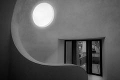 Pleine Lune (Clydomatic) Tags: muséeunterlinden colmar alsace architecture fenêtre escalier courbe lumière