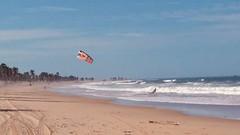 I will fly (Jose Haroldo Sena) Tags: praia beach ceará brazil cumbuco vilagalécumbuco ceu sky wind vento kite kitesurfing kitesurf pipa