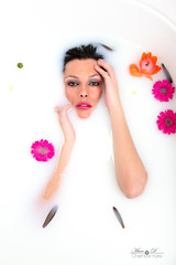 Sabrina milk Bath (3) (Marc.D Chambre-Noire) Tags: milk bath bain lait chambre noire toulouse