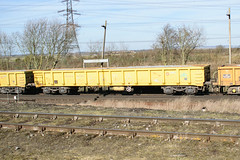 503045 Hoo Junction 160218 (Dan86401) Tags: hoojunction 6y48 503045 mla bogie open ballastbox wagon freight greenbrier gbrf gbrailfreight eqtinfrastructure yellowtailsnapper fishkind engineers departmental infrastructure