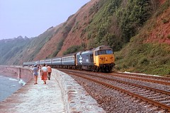 Approaching Parsons Tunnel (D1059) Tags: 50018 resolution hoover 1105plymouthmanchester parsonstunnel teignmouth seawall britishrail