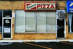Russo's Pizza - Alsip, Illinois (Cragin Spring) Tags: illinois il midwest unitedstates usa unitedstatesofamerica pizza restaurant russos russospizza alsip alsipil alsipillinois door window sign