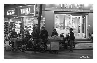 SHF_2269_Street life