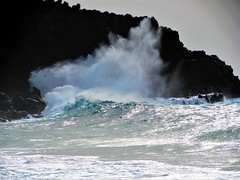 Crashing on the rocks (thomasgorman1) Tags: rocks surf waves splash spray crashing canon hawaii molokai island nature
