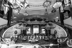 Vegas 2017-253 (Agirard) Tags: wynn lasvegas vegas batis18 zeiss sony style decoration deco stylist architecture blackandwhite bw a7ii hotel strip bar