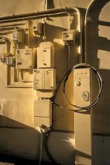 Électricité et gaz / Electricity and gas (Joseff_K) Tags: paris jaune soleil ombre yellow sun shadow electricité gaz electricity gas leicam6 m6 diapositive ektachrome slide film inversible kodakektachrome100 100asa