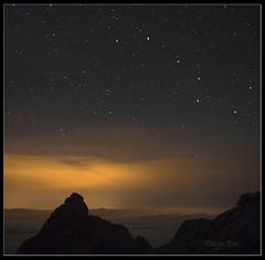 Requexón  (2.170 m) (Diego Rai) Tags: picos de europa montañas osa ursus major mayor noche nightscape estrellas constelaciones requexón long exposure nocturna diego rai león asturias cantabria
