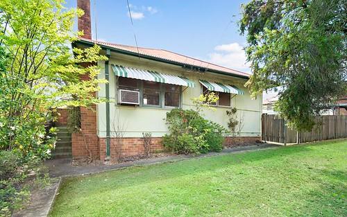 42 Fourth Av, Seven Hills NSW 2147