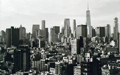 Manhattan (starbuck77) Tags: nikon n65 blackandwhite film ilford iso400
