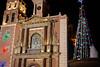 Árbol e iglesia (Victor Muruet) Tags: peña de bernalpueblo mágicoméxicoquerétarocolonialazulcolonialpueblolatinoaméricaamérica latinatown victormuruetvíctormuruetmuruet bernalméxicomexicomonolitopueblo mágicomexican towncolor la mexicana