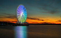 National Harbor's Capital Wheel at Sunset (Insite Image) Tags: oxonhill nationalharbor capitalwheel maryland ferriswheel sky sunset water longexposure nikon