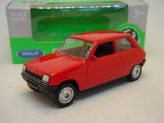 WELLY RENAULT 5 MK1 NO2 1/64 (ambassador84 OVER 9 MILLION VIEWS. :-)) Tags: welly renault5 diecast