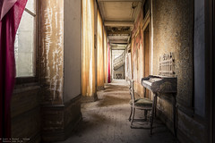 Enjoy the silence (Dennis van Dijk) Tags: music piano pianist player chateau secession france abandoned castle schloss europe eu ue urbex urban exploration decay derelict hall stairs forgotten lost found