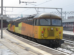 56105 & 56087 on Doncaster C.H.S.- Crewe Bas Hall S.S.M. at Stockport 03/03/2018 (37686) Tags: 56105 56087 doncaster chs crewe bas hall ssm stockport 03032018 apparently here for snowplough duties cant think any other reason id imagine theres no engineers this weekend