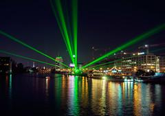 Berlin - festival of lights (sabrinasteiger1) Tags: berlin deutschland germany europe europa spree laser lasershow nacht night spiegelung fol festivaloflights oberbaumbrücke brücke bridghe bridge river