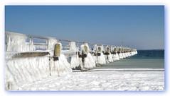 Eiszauber (Körnchen59) Tags: eiszauber eis schnee ice snow wasser himmel blau azur see travemünde schleswigholstein körnchen59 elke körner pentax ks2