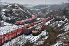Nowt Goin' On (whosoever2) Tags: uk united kingdom gb great britain nikon d7100 train railway railroad march 2018 peakforest buxton derbyshire snow winter db cargo class66 tunstead