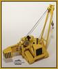 Grúa Caterpillar (J.Gargallo) Tags: escala maqueta juguete grua caterpillar amarillo toy grúa macro macrofotografía framed marco canon canon450d canonefs18200 eos eos450d 450d
