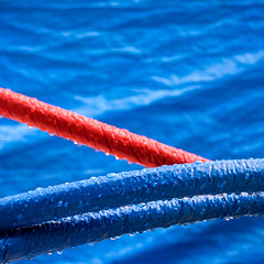 Blu & red (godelieve b) Tags: square carré blue bleu red twocolours lines curves aftertherain surface minimal abstraction