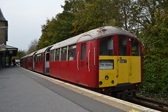 SWR Island Line 483007 (Will Swain) Tags: ryde isle wight 16th october 2017 south coast island town bus buses transport travel uk britain vehicle vehicles county country england english train trains rail railway railways western class 483 london underground swr line 483007 007 shanklin