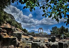 Tholos of Athena Pronaia 2 (Dimitil) Tags: ancientgreece architecture athena athenapronaia delphi greece greekhistory greektradition hellas monument partimoine tholos unesco unescoworldheritage amphissa fokida greecehellas