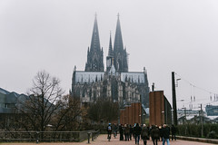 The cathedral is actually the third tallest church in the world but only lower by 4 metres to the tallest church in the world, the Ulm Minster! (tiagoalexandresilva) Tags: cologne koeln köln germany europe northrhinewestphalia nrw nordrheinwestfalen sonya6000 autumn fall