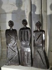 Trois Femmes (2011), sculptures en terre cuite de Christiane Boone, détail - Cathédrale Saint-Pierre-et-Saint-Paul, Troyes (10) (Yvette G.) Tags: troyes aube 10 champagne grandest cathédrale cathédralesaintpierreetsaintpaul sculpture christianeboone