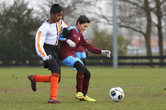 "HBC Voetbal • <a style=""font-size:0.8em;"" href=""http://www.flickr.com/photos/151401055@N04/25348215257/"" target=""_blank"">View on Flickr</a>"