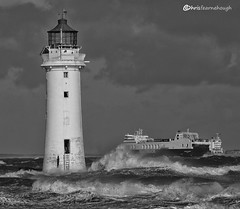 Rough crossing CO1A0647 (chris fearnehough) Tags: perchrock lighthouse newbrighton newbrightonlighthouse ships mersey wirral liverpool roughsea ferry