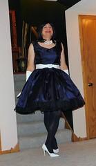 Blue 91 (Deedee Fullskirt) Tags: transvestite petticoat fullskirt crossdresser highheels