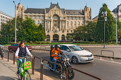 Gresham Palace (fotofrysk) Tags: greshampalace fourseasonshotel car mototbike cyclist street bridgeonramp duna danube river water easterneuropetrip hungary budapest sigmaex1020mmf456dchsm nikond7100 201709308526