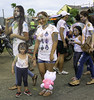 Dinagsa Ati-atihan Festival - Cadiz City, Philippines (Beegee49) Tags: reet mother child filipina dinagsa festival cadiz city philippines