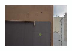 Mur murs (hélène chantemerle) Tags: bâtiments extérieur murs urbain building outside walls urban city