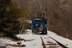 Orrington Turn (jc_canon) Tags: panamrailways panam par bucksportbranch orringtonmaine mec326 emdgp40 emd gp40 train freight freighttrain telephoto