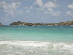 2017-04-21_11-22-27 Pinel Island (canavart) Tags: sxm fwi caribbean stmartin stmaarten sintmaarten island pinelisland tropical orientbeach turquoise sailboat
