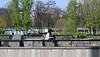 Berlín_0293 (Joanbrebo) Tags: berlin alemania de tiergarten hausderkulturenderwelt canoneos80d eosd efs1855mmf3556isstm autofocus gente gent people streetscenes