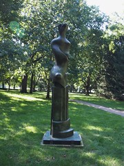 Upright Motives No. 9 (procrast8) Tags: kansas city mo missouri nelson atkins museum art sculpture henry spencer moore upright motive 9