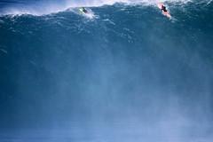 IMG_3569 copy (Aaron Lynton) Tags: jaws peahi surf xxl surfing wsl canin canon 7d maui hawaii bigwave big wave bigwavesurfing
