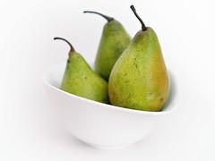 just pears (Sabinche) Tags: pear fruit bowl white green minoltamdrokkor5014 vintagelens olympus