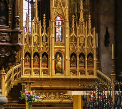2017Danube-9280a (Cache Scouter) Tags: 2017 cz czechrepublic danube flowers other prague praguecastle stvitus stvituscathedral stvitusinterior altar cruise gold nave czechia faved