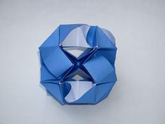 Okeanos Kusudama (ISO_rigami) Tags: modular origami 3d a4 sid sidx eckhardhennig kusudama okeanos