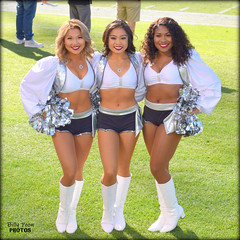 2017 Oakland Raiderettes Helina, Tisha & Jazzmine (billypoonphotos) Tags: helina tisha jazzmine 18140mm 18140 mm 2017 oakland raiders raiderette raiderettes raider nation raidernation nfl football fabulous females cheerleaders cheerleading dance dancer nikon d5500 nikkor lens billypoon silver black photo picture photography photographer pretty girls ladies women squad team people coliseum dancers billypoonphotos stadium sport grass field new york giants female lady woman