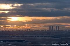 Miramadrid. Puesta de sol desde Paracuellos de Jarama (Omicron Fotografía) Tags: madrid miramadrid mirador atardecer sunset skyline nikond7200 view