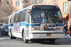 IMG_4870 (GojiMet86) Tags: mta nyc new york city bus buses 1999 t80206 rts 5249 m66 68th street 1st avenue