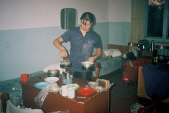 2h. Cooking uo a storm in a typical Russian hotel using a petrol-burning Russian stove