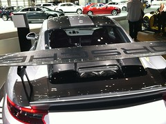 Porsche GT2 RS (Ernesto  Vumbles) Tags: cas18 chicago auto show porsche gt2 rs