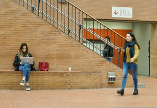 Two students in action at the UPF.