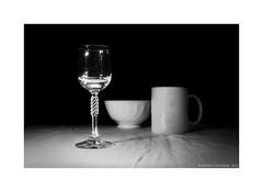 Glass and faience (Alexandr Voievodin) Tags: glass faience stilllife bowl cup wineglass nikon v1