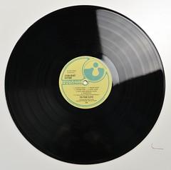 A0486 PINK FLOYD - Atom Heart Mother (FOC) (vinylmeister) Tags: vinylrecords albumcoverphotos heavymetal thrashmetal deathmetal blackmetal vinyl schallplatte disque gramophone album